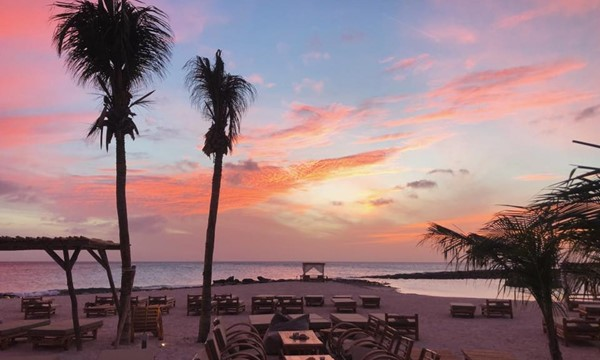 The 5 best hotspots on Bonaire to enjoy a sunset cocktail